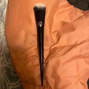 KVD makeup brush